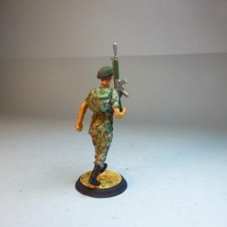 (X-2) La Legión Portando a Cristo