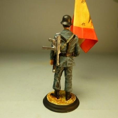(CRE-9) Teniente Abanderado